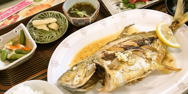 たまには栄養バランスを考えて魚の定食も